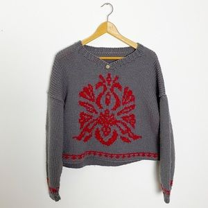 Hand Knit Gray with Red Pattern Cropped Sweater M